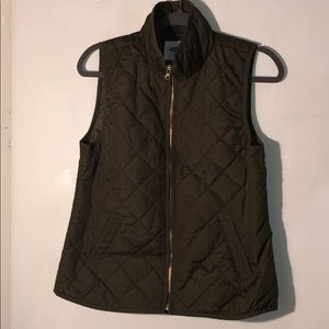 Army Green Old Navy vest - Barely worn
